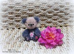 Miky ours d'artiste miniature 5cm collection 100% fait