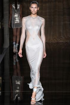 Julien Macdonald   Spring 2014 Ready-to-Wear Collection   Style.com