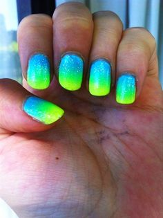 Gradient by Acthx from Nail Art Gallery