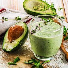 Smoothie-Rezept für einen Grünen Smoothie mit Avocado: So bereiten Sie einen gesunden grünen Avocado-Smoothie zu ...
