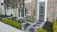 Fotoboek • Van Gelder Tuinen New Homes, Outdoor Decor, Decor, Entrance, Small Garden, Front Gardens, Fence Design, Home Decor, Front Garden Design