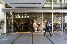 Designer boutiques, eateries, bars, health & beauty and offices set in and around some of Auckland City's oldest buildings and new architecture at Britomart. Walking Street, Nautical Rope, Office Set, Old Building, Retail Therapy, Auckland, Ted Baker, Public, Window