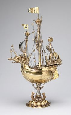Table centerpiece (1503) - fanciful model of a 15th century Hanseatic ship - silver with gilding