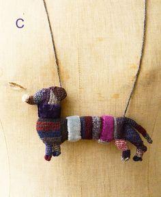 Crochet Dolls, Knit Crochet, Textile Jewelry, Jewellery, Woven Bracelets, Button Flowers, Animal Sculptures, Cute Jewelry, Pin Cushions