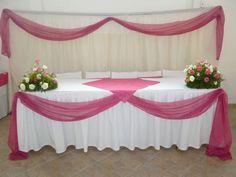 mesa de festa com toalha branca - Pesquisa Google