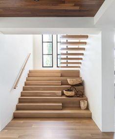 Staircase Design Modern, Home Stairs Design, Dream Home Design, Modern House Design, Home Interior Design, Stair Design, Interior Design Photography, Modern Elegant Bedroom, Modern Family Rooms