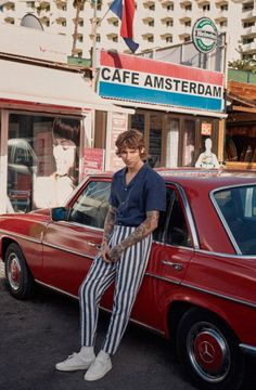 Leebo Freeman fronts the Spring/Summer 2017 campaign of Fox Haus, shot by Raul Ruz. Retro Men, Vintage Men, Style Outfits, Trendy Outfits, Style Clothes, Style Russe, 80s Fashion Men, Vintage Fashion Men, Fashion Fashion