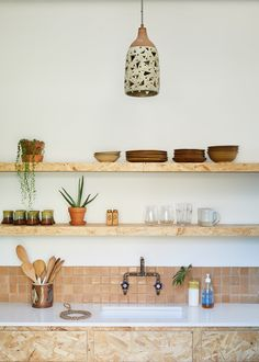 12 Open Shelving Ideas That Are Totally Worth the Extra Dusting