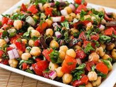 Receita Entrada : Salada de feijão branco ou grão-de-bico (vegana) de Cantinho Vegetariano