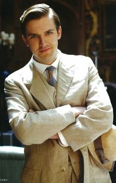 Oh, how we will all miss that smile....Downton Abbey - Matthew Crawley