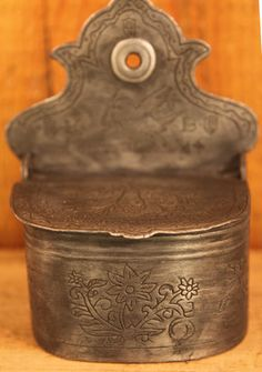 Primitive Antique Dated 1814 Pewter Folk Art Salt Box