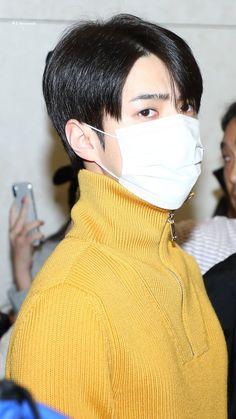 Sehun [HQ] 190919 Incheon Airport, Departing for Bangkok Sehun Hot, Suho Exo, Kim Joon Myeon, Kim Min Seok, Kim Jong In, Boyfriend Style, Incheon, Airport Style, My King