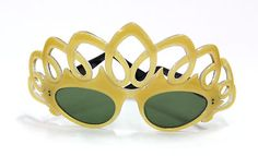 outrageous paulette guinet sunglasses...maybe when I'm old and a lot daffier