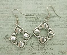 Linda's Crafty Inspirations: Silky Squares Earrings - Silver