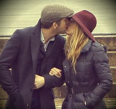 Ryan Reynolds and Blake Lively. Such a cute couple!