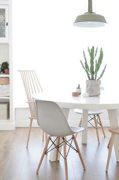 ronde eettafel wit design