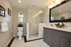 Imagen de http://axihomedesign.com/wp-content/uploads/2015/09/Bathroom-Design-Ideas-55f218a50bdf8-traditional-master-bathroom-with-tile-shower-frameless-shower-and-walk-in-shower-i-g-IS5qbwiymosfyd0000000000-j9N88.jpg.