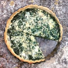 Tarte aux orties Quiches, Vegetarian Recipes, Healthy Recipes, Savory Tart, Kraut, Healthy Cooking, Food Videos, Food And Drink, Yummy Food