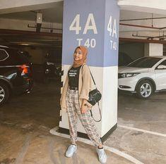 Ootd Hijab, Hijab Style, Casual Hijab Outfit, Hijab Chic, Hijab Fashionista, Hijab Mode Inspiration, Street Hijab Fashion, Teenager Outfits, Retro Outfits