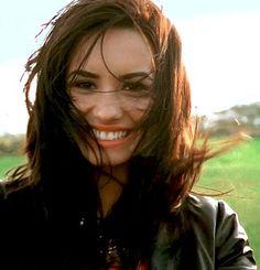 """Si, en este video muchos se enamoraron de mí""   Demi Lovato"