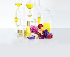 AROMESSENCE MANDARINE SÉRUM-HUILE LISSANT This serum-oil with an ultra-fine and light texture offers concentrated effectiveness to act on signs of ageing and improve the appearance of wrinkles. 100% natural. Paraben free. Preservative free. Free from mineral oils. Free from artificial colourings. Day after day, wrinkles are smoothed and skin appears luminous.#Decleor #face #faceserum #antiwrinkle  #skincare #serumlist