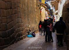Juxtaposition of love and loss... . . . . #exploreperu #streetpic #streetphotography #cuscoperu #cusco #chasinglight #justgoshoot #acertainslantoflight #makemoments #toldwithexposure #acolorstory #vsco #vscocam #nothingisordinary #visualsoflife#openmyworld #ourplanetdaily #moodygrams #agameoftones #exkart #finditliveit #exploremore #mextures #natgeo #travelstoke #wonderful_places #artofvisuals