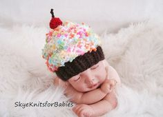 MOG... this is adorable! Newborn Baby Cupcake Hat Photography Prop by SkyeKnitsforBabies, $22.90