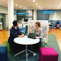 Tikkurilan Laurea-kirjasto kokeilee pop up -ohjausta monimuoto-opiskelijoille. #popupkirjasto #popupohjaus #Laurea