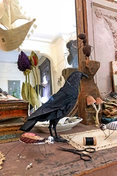 abandoned quilt tops and stitched crows – ann wood handmade Textile Sculpture, Soft Sculpture, Textile Art, Fabric Birds, Fabric Art, Tim Holtz, Ann Wood, Needle Felting Tutorials, Old Quilts