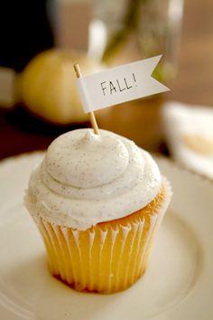 vanilla bean frosting cupcake