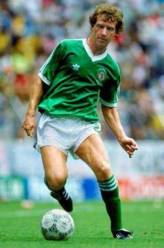Jimmy Nicholl Northern Ireland 1986