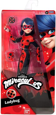 New Miraculous Ladybug dolls from Playmates. Ladybug, Cat Noir, Rena Rouge, Queen Bee and more - YouLoveIt.com Miraculous Ladybug Queen Bee, Miraculous Ladybug Toys, Ladybug Nails, Miraclous Ladybug, Mlp My Little Pony, My Little Pony Friendship, Marinette Doll, Avengers Nails, Mermaid Wallpapers