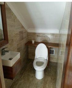 Best Under The Stairs Bathroom Decor Powder Rooms 53 Ideas – Under stairs powder rooms Bathroom Under Stairs, Attic Bathroom, Upstairs Bathrooms, Downstairs Bathroom, Bathroom Layout, Bathroom Interior Design, Modern Bathroom, Small Bathroom, Toilet Under Stairs