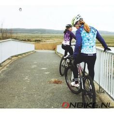 """Davanti Bikewear Women's winter cycling jersey """"Michelle"""" ride in style 100% dutch design and a perfect fit, keeps you nice and warm during the winter rides"""