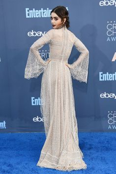 When Lily Collins Turns Around, Her Elie Saab Gown Is Even Better From the Back You know that one style moment on the red carpet that gets everyone talking? Well, we have Lily Collins to thank for that conversation when she appeared at the Lily Collins Gown, Lily Collins Style, Celebrity Red Carpet, Celebrity Style, Elie Saab Kleider, Elie Saab Dresses, Festa Party, Red Carpet Looks, Red Carpet Dresses