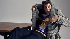 Male Fashion Trends: Garrett Hedlund combina prints con básicos elegantes para Mr.Porter