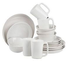 Rachael Ray dinnerware...LOVE! want this in white so badly