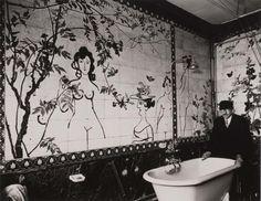 Robert Doisneau photographs Saul Steinberg in a bathroom he painted