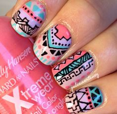 Colorful tribal nails instagram pic by @_juliamartinez