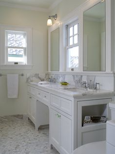 Jack And Jill Traditional Bathroom Design, Pictures, Remodel, Decor and Ideas - page 78