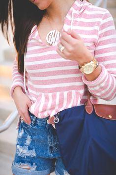 beach style, vacation style, stripe sweatshirt, stripe sweater, linen sweatshirt, linen hoodie, beach sweater, acrylic monogram necklace // grace wainwright from a southern drawl