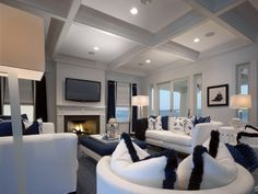 Living room - beautiful in white and blue | Claire Sautter Interior Design