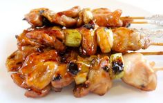 Csirkenyársak Chinese Food, Japanese Food, Japanese Recipes, Chinese Recipes, Asian Recipes, Healthy Recipes, Healthy Foods, Grilled Chicken Skewers, Sashimi