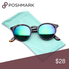 4861f65d59 WearMe Pro Classic Small Round Retro Sunglasses