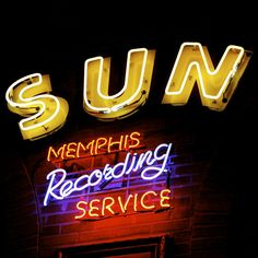 Sun Studios, Memphis TN.....we didnt get to tour this but I'm def. taking dad back so we can and to go see the house Elvis was born in in Mississippi!  This time we'll fly!!!! dixiepickersstore.com
