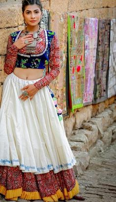 New Chaniya Choli & Blouse Designs for Navratri 2019 - LooksGud.in White Layered Embroidered Chaniya Choli With Red Printed Blouse Lehenga Choli Designs, Ghagra Choli, Chaniya Choli Designer, Choli Blouse Design, Blouse Neck Designs, Garba Dress, Navratri Dress, Choli Dress, Chaniya Choli For Navratri