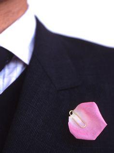 Jiro Kamata clip pin, 18ct gold