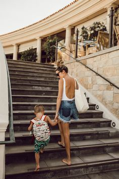 Look Your Best For All Occasions With These Fashion Tips – Designer Fashion Tips Kids Fashion Boy, Toddler Fashion, Girl Fashion, Hello Fashion Blog, Love Fashion, Baby Girl Shoes, Baby Boy, Thirty Flirty And Thriving, Kids Clothes Sale