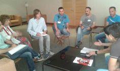 Procuradores de Podemos se reúnen con el Comité Intercentros de Itevelesa en Castilla y León http://revcyl.com/www/index.php/politica/item/6098-procuradores-de-podemos-se-re%C3%BAnen-con-el-comit%C3%A9-intercentros-de-itevelesa-en-castilla-y-le%C3%B3n