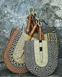 African art holds alot of meaning in the villages and communities that curated them. The precision, technique and mastery of these crafted items were and still are innovative and before their time. Binga Basket This is a traditional beautifully woven handmade plate by women. It is typically made from fiber such as seaweed or Iala…